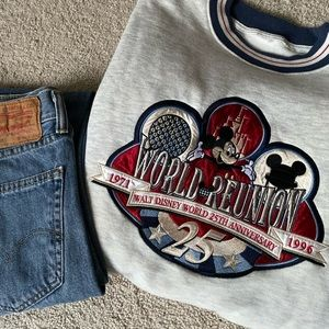 Vintage 1996 Walt Disney World sweatshirt